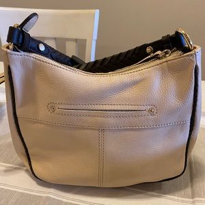 B. Makowsky crossbody purse
